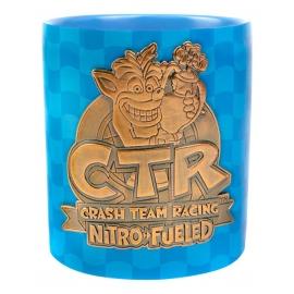 Caneca Crash Team Racing: Metal Badge